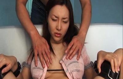 Mai Uzuki used as a Sex Toy