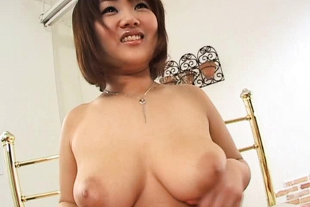 Rea Aoyama Japanese model is a big titted girl