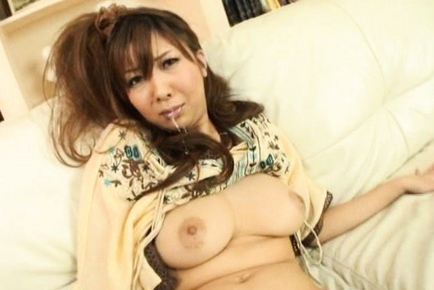 Hinano Asian model shows off her hairy pussy