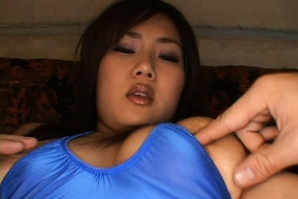 Rea Hot busty Japanese girl