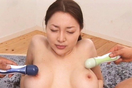 Mai Uzuki Lovely Asian model has cute sex