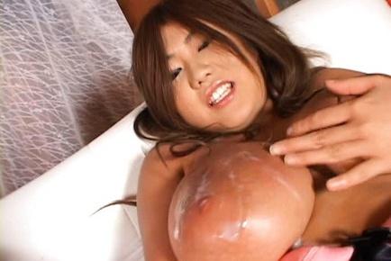 Rui Akikawa Asian babe has hot tits