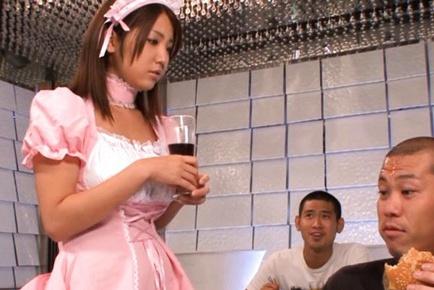 Kokoro Maki Busty Japanese maid