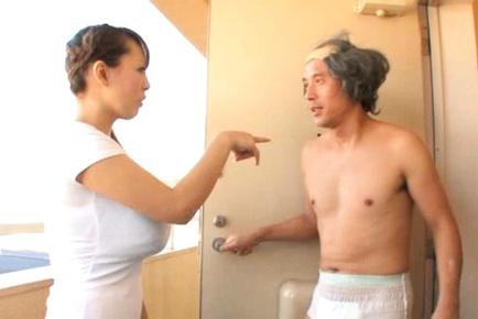 Busty Hitomi Tanaka Titty Fucks Him To Ecstasy