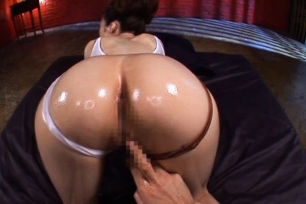 Huge Breasted Julia´s Body Oiled Up And Drilled