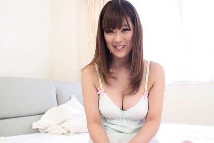 Sexy tramp Rin Yunoki Japanese busty girl in action